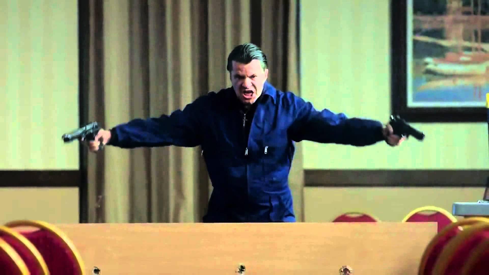 """Куката отново ИЗБУХНА! Вижте най-новия му танц в """"Под прикритие""""! (ВИДЕО)"""