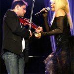 Фамозно! Насладете се на ПРЕКРАСНИЯ дует между Васко Василев и Лили Иванова! Истинска магия! (ВИДЕО)