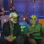 Помните ли този скеч на Любо Нейков и Слави отпреди десет години? ГАРАНТИРАН СМЯХ! (ВИДЕО)