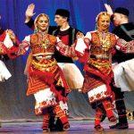 Вълшебно! Красотата на българските народни танци! (ВИДЕО)