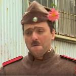 Помните ли ги? Велко Кънев и Чочо Попйорданов в ролята на Старшинката и Каракочев. НЕЗАБРАВИМИ! (ВИДЕО)