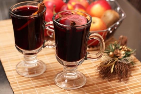 Най-добрите рецепти за греяно вино