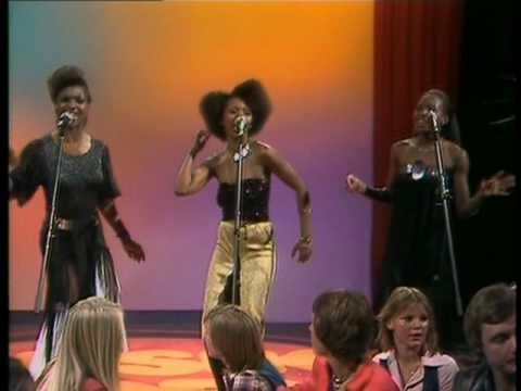Помните ли тази песен? Вижте кой беше един от ХИТОВЕТЕ на 70-те години! (ВИДЕО)