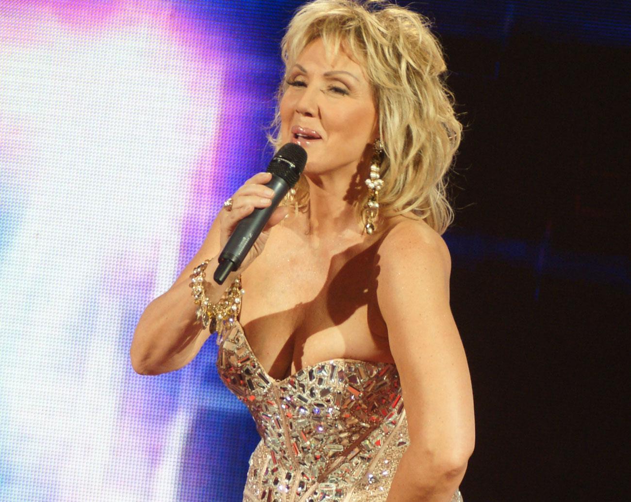 Тя беше КРАЛИЦАТА на сръбския ФОЛК! Харесвате ли я!? (ВИДЕО)