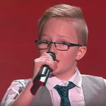 11-годишно русначе излиза на сцената и смълчава всички с таланта си! СТРАХОТНО! (ВИДЕО)