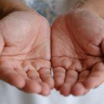 ЛЮБОПИТНО: Какво означават линиите върху ръката ни (ВИДЕО)