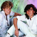 Спомняте ли си, когато бяхме млади, как сме танцували на тази песен? НЕЗАБРАВИМ хит от 1985 година, обичан от милиони! (ВИДЕО)