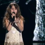 Това момиченце избира много трудна песен за възрастта си, но ВИЖТЕ само как се справя! (ВИДЕО)