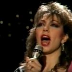 НИКОЙ друг артист не може да изпълни тази песен като тази жена! Чуйте този ЗАШЕМЕТЯВАЩ ГЛАС! (ВИДЕО)