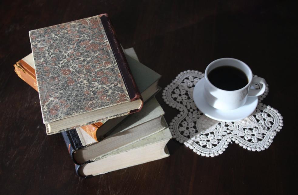 10 цитата от български автори, които ще осмислят деня ви