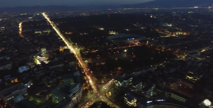 Удивителна красота: Нощна София заснета с помощта на дрон (ВИДЕО)