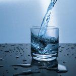 Защо е по-добре да пием вода, когато е топла