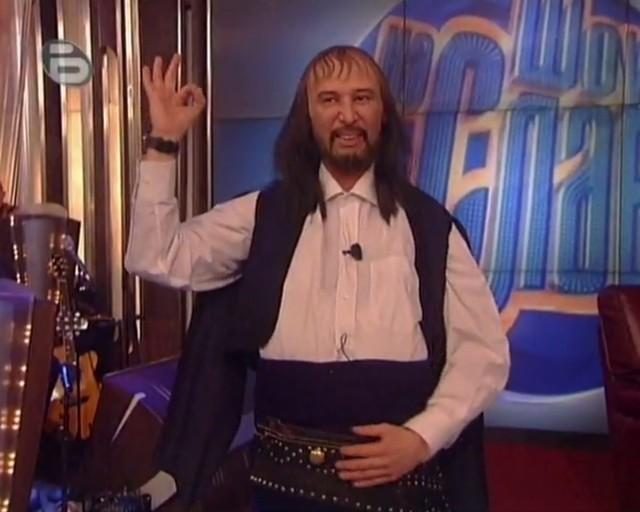 Ще се побъркате от смях! Виктор Калев в скеч като Володя Стоянов (ВИДЕО)