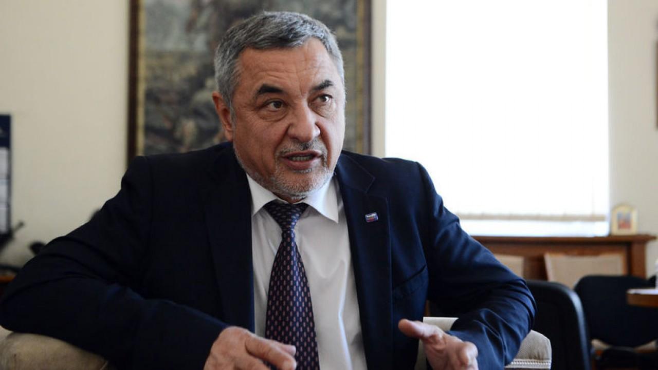 Валери Симеонов подаде оставка!