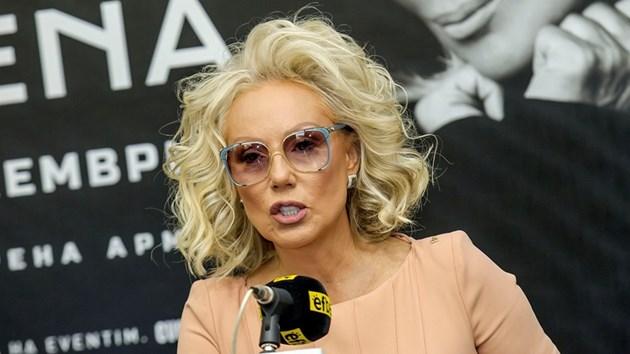 Лепа Брена тъжи за Шабан Шаулич. Певицата пусна уникална снимка с него