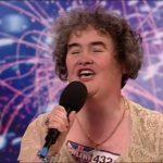 Тази жена става известна едва на 48 години, когато се явява в шоу за таланти! ЧУЙТЕ само какъв глас притежава! Ще настръхнете! (ВИДЕО)