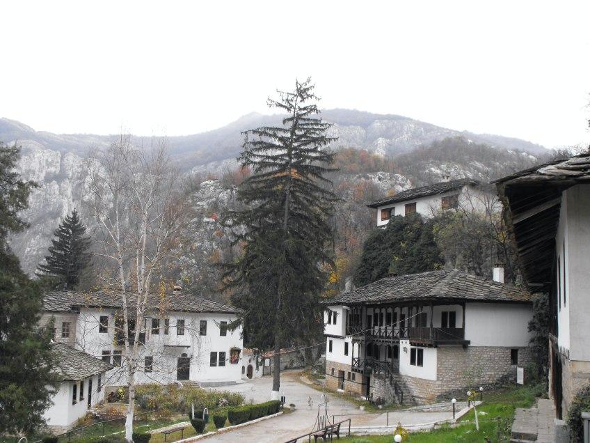 Черепишки манастир – най-красивото място на планетата