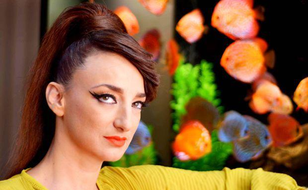 Деси Тенекеджиева изригна заради короната: Моля ви, престанете…