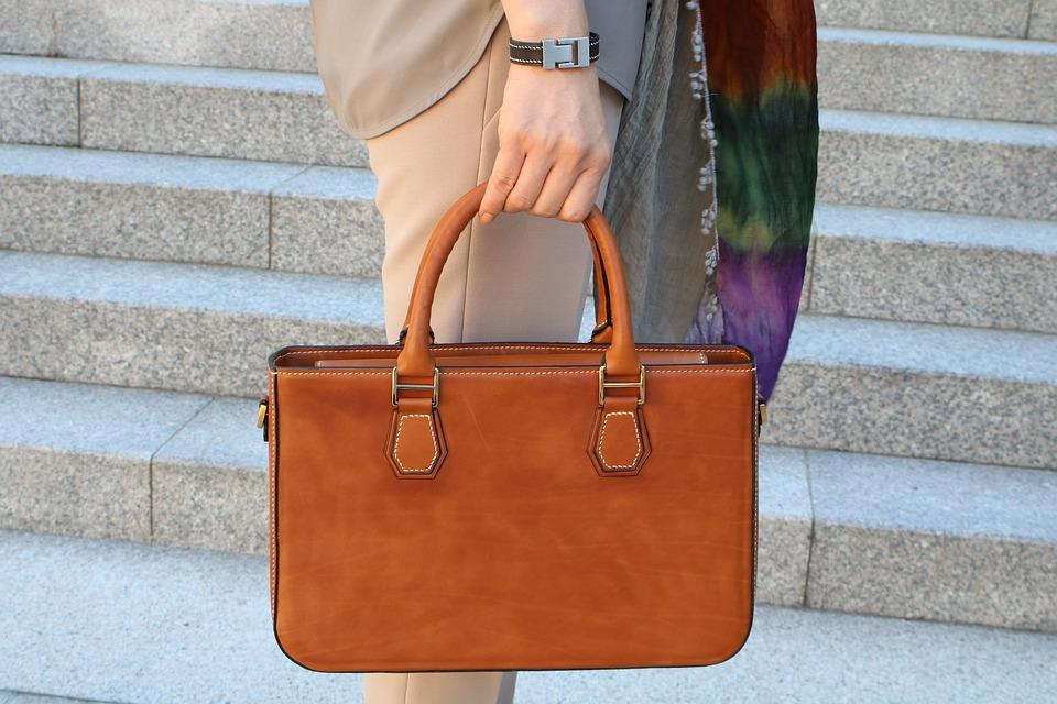 Как да изберем перфектната кожена чанта?