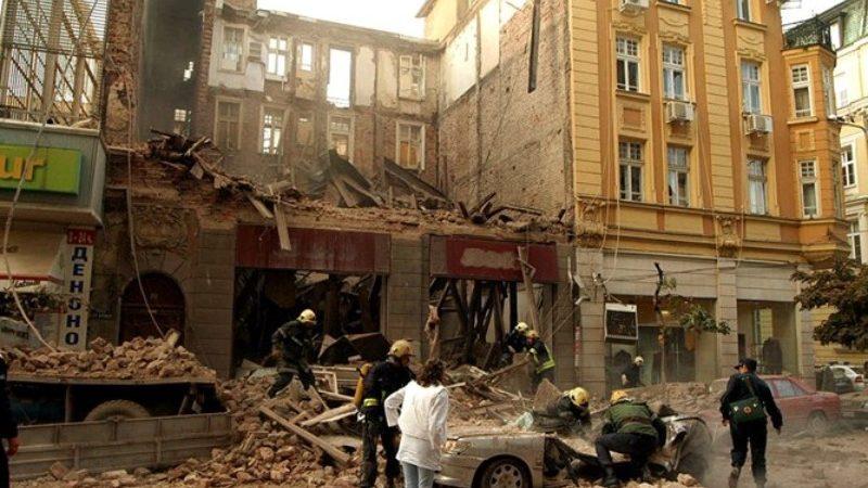 """Окончателно: Няма виновни за убитите жени при срутената сграда на """"Алабин"""""""